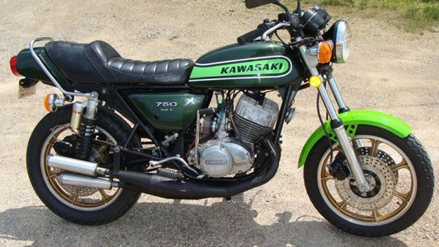 1974 Kawasaki Triple Modification